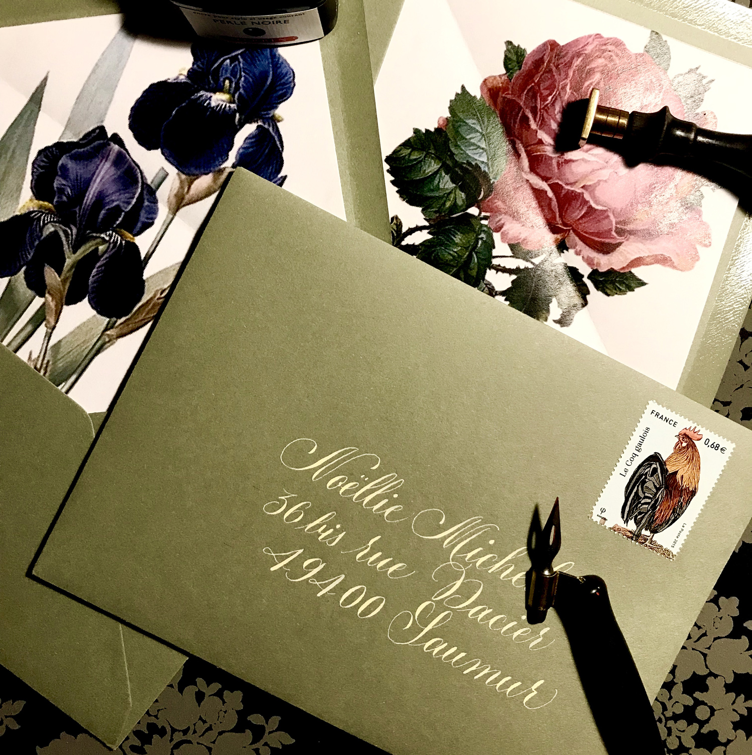 #calligraphy #envelope #enveloppes #DIY #botanical #flower