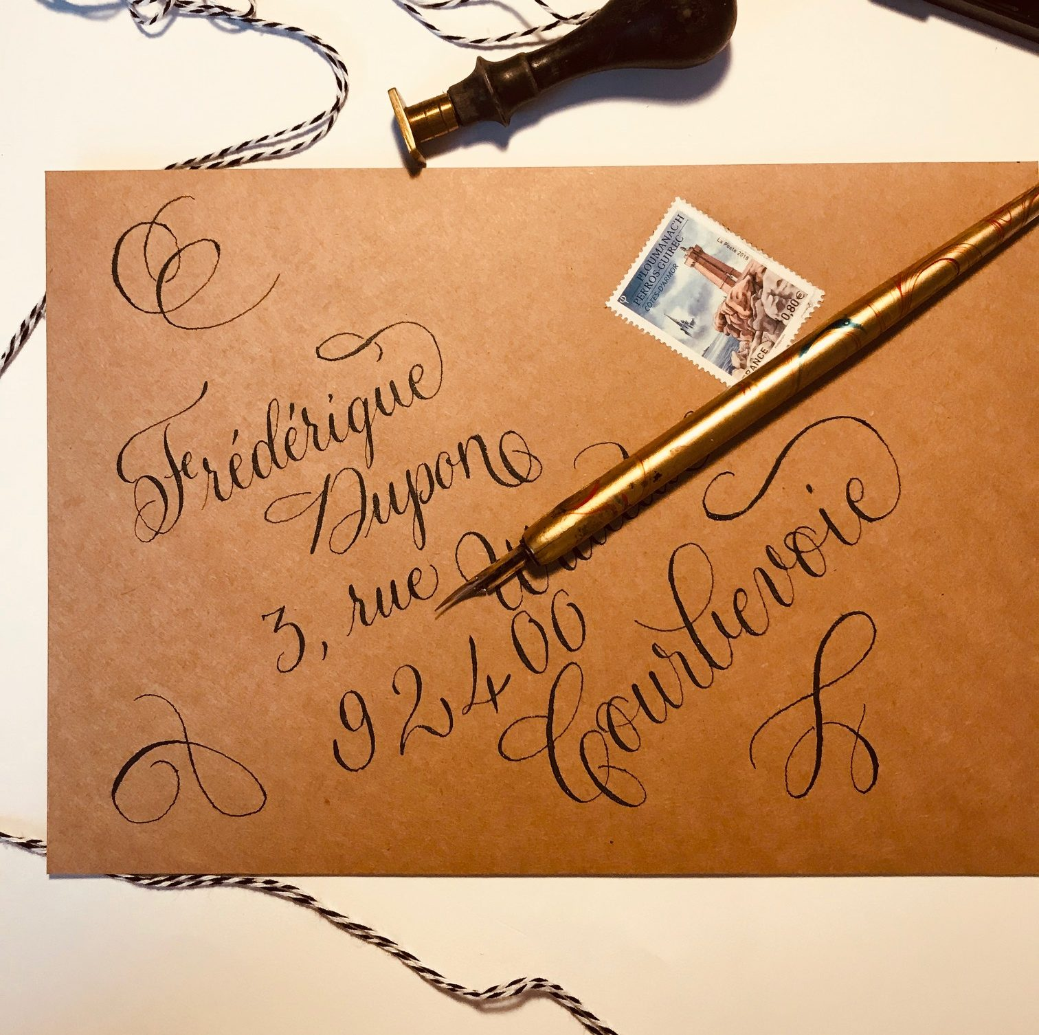 #colirocolors #finetec #mailart #happymail #snailmail #envelope #enveloppe calligraphie #calligraphie